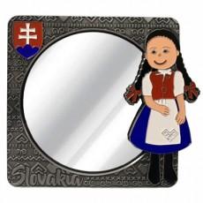 Suvenír Zrkadielko Slovakia dievča v kroji